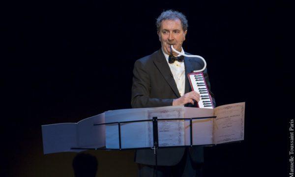"""Devos, spectacle """"J'ai des doutes"""" de et avec Francois Morel. Theatre de La Coursive a La Rochelle. François Morel"""