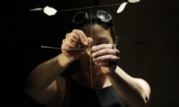 """Spectacle """"Je brasse de l'air """" preformance mecanisŽe par Magali Rousseau"""
